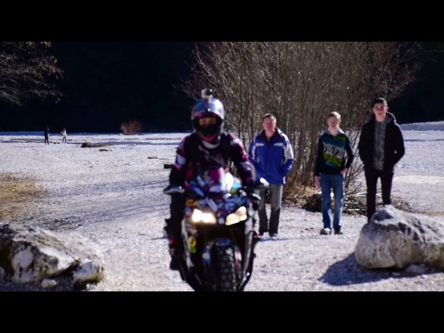 Moto girls adventure through Italy, Austria and Slovenia