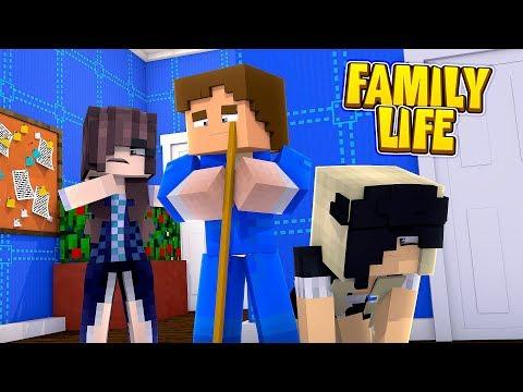 Minecraft FAMILY LIFE || THE EVIL STEPMOM MAKES DONNY & LEAH HER SLAVES!!!