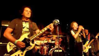 O/D Saxon - 747 (Strangers in the Night)
