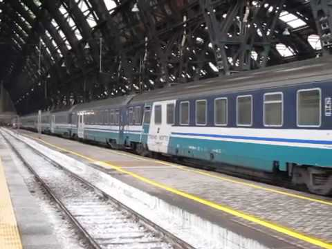 FS Express 1926 Palermo / Siracusa - Milano hauled by E402B at Milano Centrale