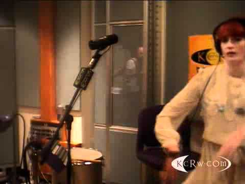 Florence & The Machine Perform Rabbit Heart (Raise It Up) On KCRW