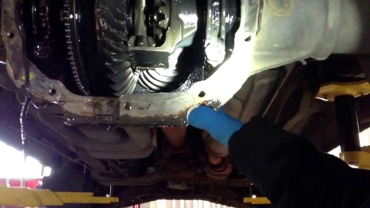 Mazda B2200 Bad Rear Differential Youtube
