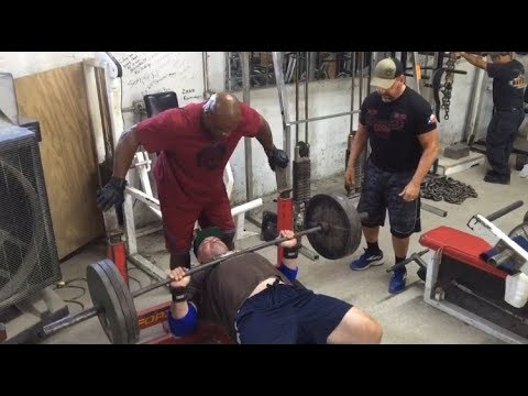 315x20 Bench with Ronnie Coleman & Brian Dobson | BigJsExtremeFitness