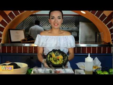 Guacamole / Authentic Mexican Guacamole Recipe - Viva Mexican Grill & Tequileria, Wayland, MA