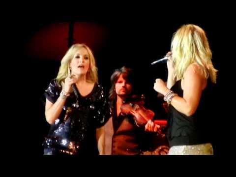 [HD] Carrie Underwood and Miranda Lambert - Before He Cheats/Gunpowder & Lead Duet