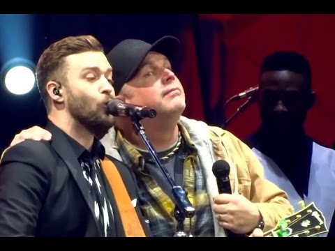 justin timberlake and Gart brooks - Friends in Low Places - Lyrics