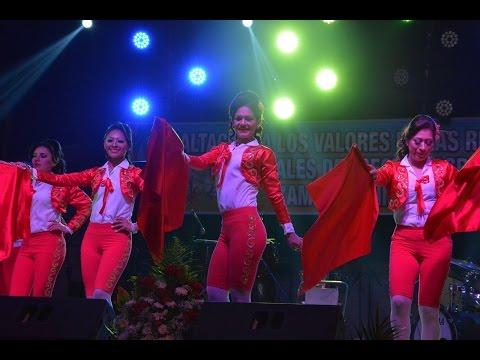 COREOGRAFIA TAURINA CANDIDATAS A REINAS FERIA AGROPECUARIA ZAMORA CHINCHIPE  2015