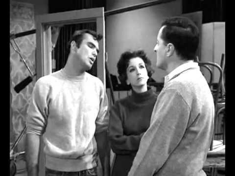 Marlon Brando rips Burt Reynolds (from Apocalypse Now set)