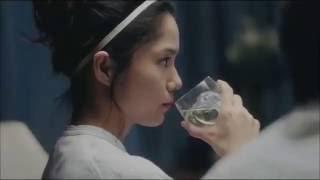 女優の宮崎あおいさんが、宮藤官九郎さんの妻になって、ひんやり夫婦に...