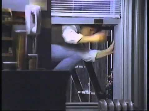SUPER LONG RARE VERSION OF MICHAEL J FOX NEW NEIGHBORS PEPSI COMMERCIAL