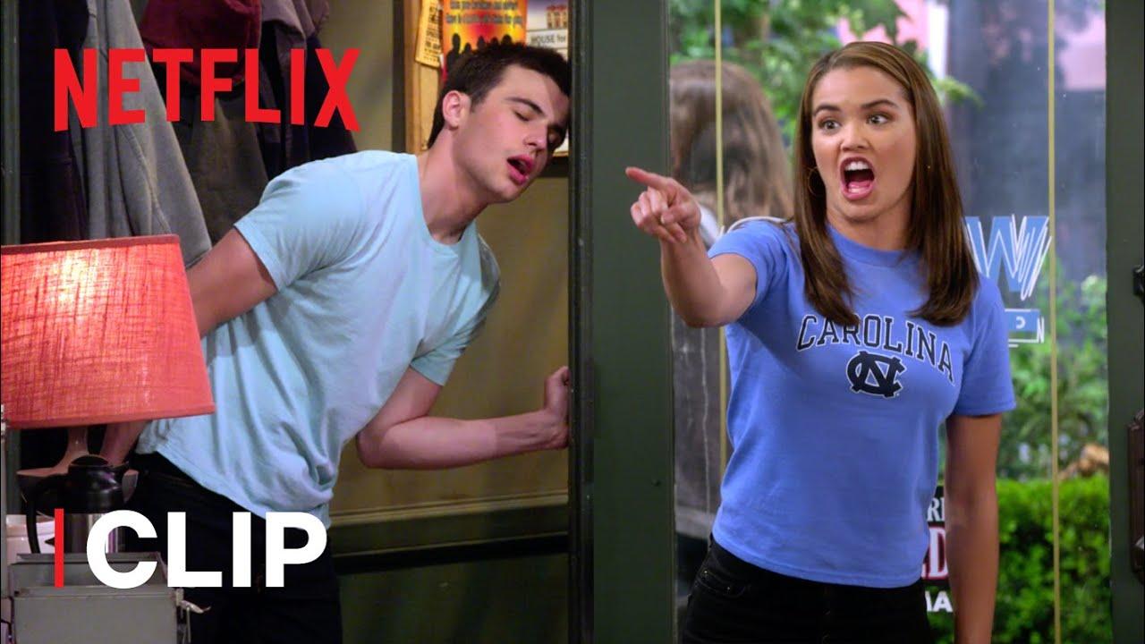 Download Breaking Up?! 💔 Alexa & Katie | Netflix Futures