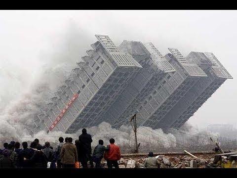 СМОТРИ, ОНИ УНИЧТОЖАЮТ ДОМА И МОСТЫ. Жестокое уничтожение домов.