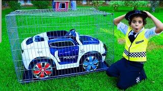 Sami plays the police