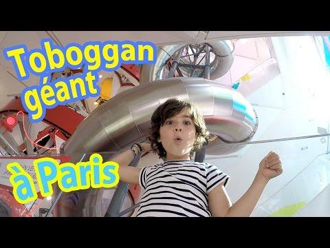 TOBOGGAN GEANT en plein PARIS Champs Elysées - On visite la capitale ! (partie 1)