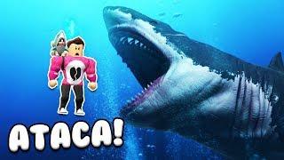 THE GIANT SHARK ATTACKS US Roblox Sharkbite Cerso
