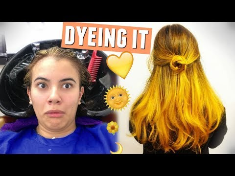 DYEING MY HAIR YELLOW!