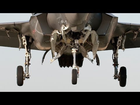 HOVERS ABOVE THE REST! USMC F-35B Lightning II stealth fighters conduct VERTICAL LANDINGS!