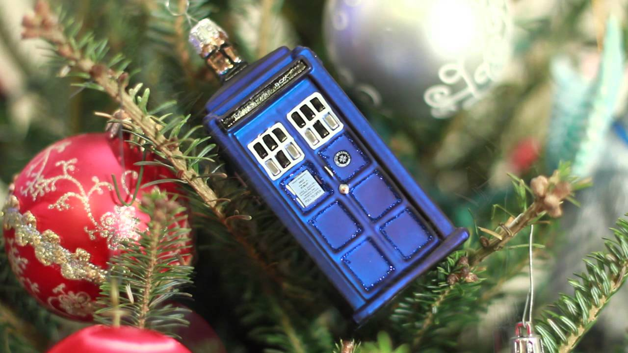 TARDIS Christmas Ornament from My Family - YouTube