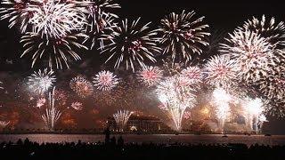 2014 Новогодний фейерверк в Дубае занесли в Книгу рекордов Гиннеса 2014(Новогодний фейерверк в Дубае занесен в Книгу рекордов Гиннеса как самый масштабный и продолжительный в..., 2014-01-02T12:03:12.000Z)