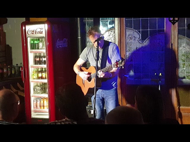 Martyn Joseph - Roots in Heusden - Roots in the Bakery - Great on the Guitar!! (wo.30-10-2019)