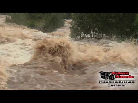 Chuva enche as Ribeiras ( Ribeira Seca ) - Dia 24 de Novembro 2018 - Ilha de São Jorge Açores