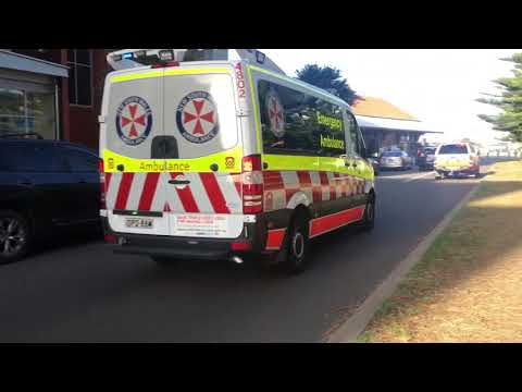 NSW Ambulance - Inspector 31 and Car 804 responding