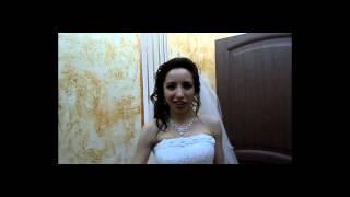 Заказать услуги тамады - ведущей на свадьбу.