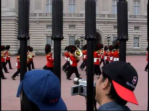 Home Video   Mark Sandy Shane and Tim watch Buckingham Palace changing of the guard