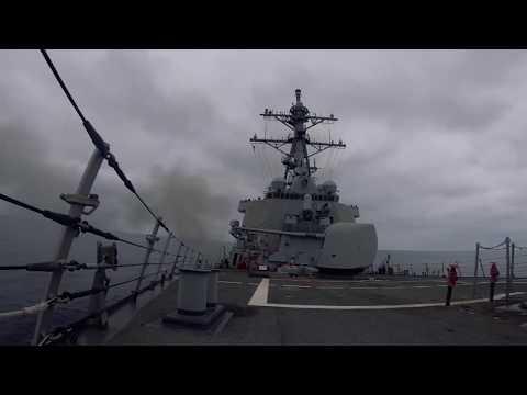 """Самолеты РФ в Черном море сымитировали атаку на американский эсминец USS  """"Ross"""""""