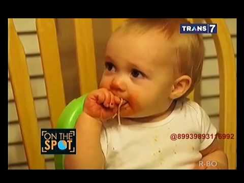 On The Spot - Video Lucu Bayi Bersin