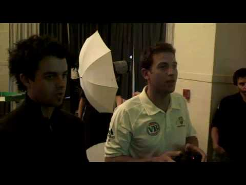 """Aussie Players get stuck into """"Ashes Cricket 2009"""""""