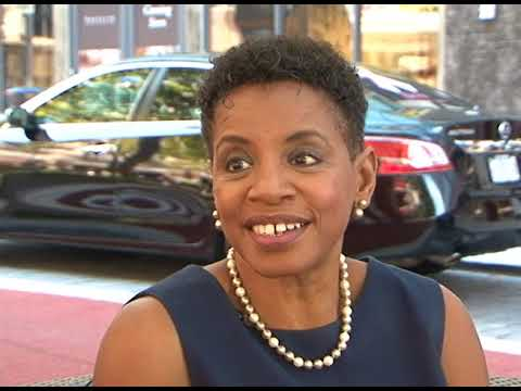 Donna Edwards running for County Executive