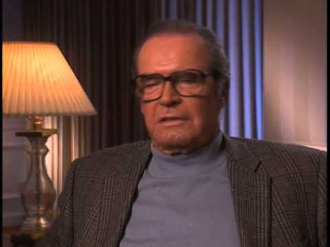 James Garner on working for Jack Warner - EMMYTVLEGENDS.ORG