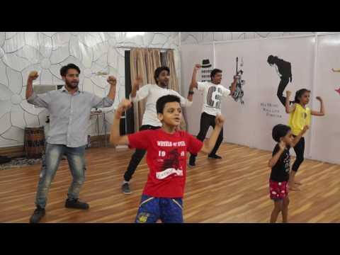Dance on Tattad Tattad (Ramji Ki Chaal) Song ft. Ranveer Singh | Ram-leela #theda