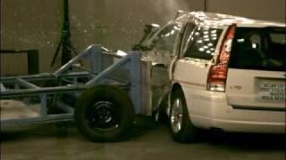 Crash Test 2001 - 2007 Volvo V70 (Side Impact) NHTSA