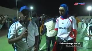 Repeat youtube video Kooxda gabdhaha kubada kolayga ee banadir oo wacadara ka dhigay garawe