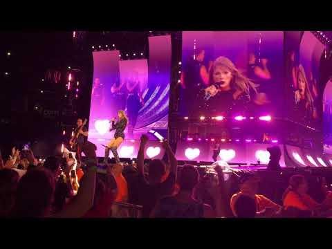Taylor Swift  LIVE 4K