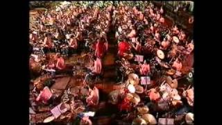 1000 drummers & The Golden Earring - Radar Love (5-9-1992_Rotterdam)