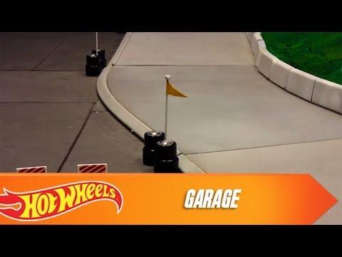 custom motors cup garage hot wheels youtube. Black Bedroom Furniture Sets. Home Design Ideas