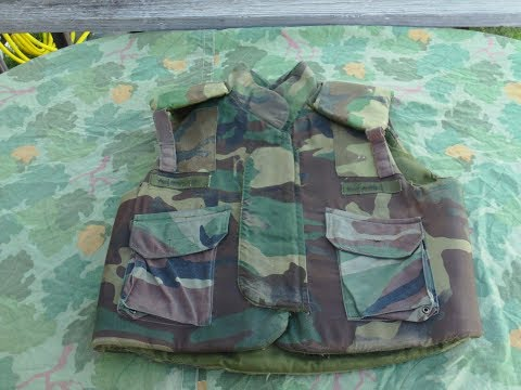 A Quick Review Of The US Military PASGT Fragmentation Vest