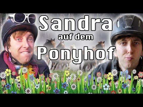 Sandra auf dem Ponyhof!