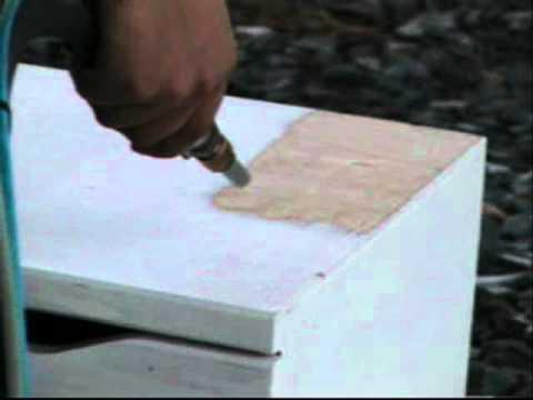 Décapage Bois Peint YouTube - Decaper un meuble en bois peint