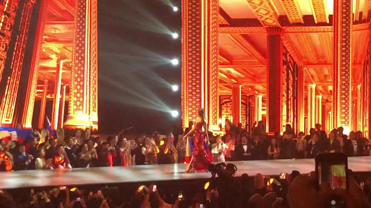 Catriona Gray Miss Universe 2018 Evening Gown Competition
