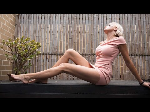 Mummy Long Legs: Ex Australian Model Bids For World's Longest Legs Hqdefault
