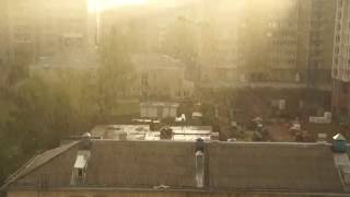 31.08.2016. Киров, дождь и солнце,из окна.