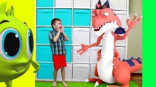 Рома и Хелпик играют с новыми друзьями Мостриками для детей
