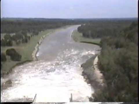 MILFORD & TUTTLE CREEK LAKES FLOOD 1993 PART THREE Charles Yankoski