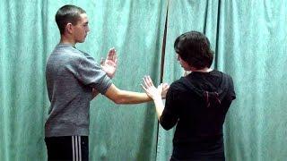 Вин Чун кунг-фу: урок 22. ЧУМ КИУ ТАО (ФОК САУ и прямой тычок пальцами)