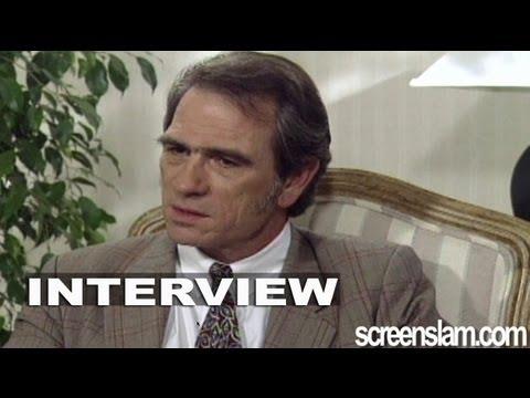 """The Fugitive: Tommy Lee Jones """"Marshal Samuel Gerard"""" Exclusive Interview"""
