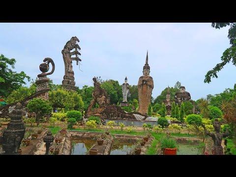 AMAZING THAI SCULPTURE PARK + Q & A - Nong Khai Thailand 2